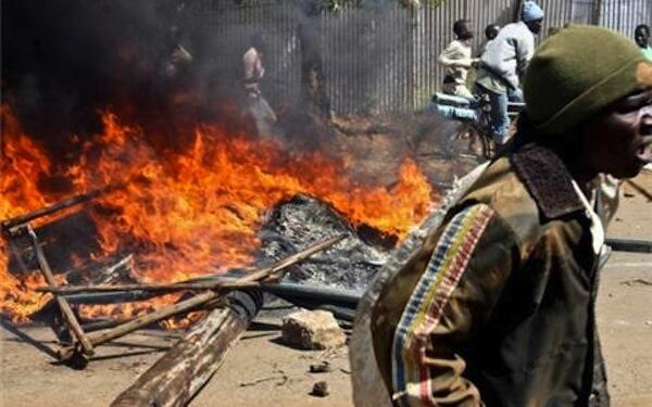 Violence erupts in Kisumu, in 2008