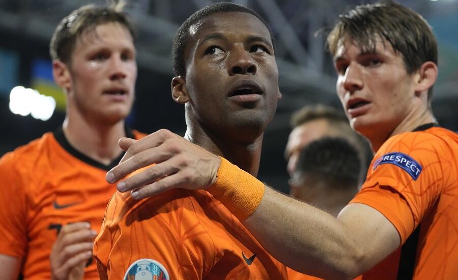 Georginio Wijnaldum (au centre) et ses coéquipiers néerlandais ont battu l'Ukraine à Amsterdam, dimanche 13 juin 2021.