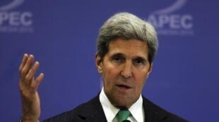 លោកចន ឃែរី (John Kerry) ក្នុងជំនួបកំពូល APEC ក្នុងប្រទេសឥណ្ឌូណេស៊ី ថ្ងៃសៅរ៍ ទី៥ តុលា ២០១៣