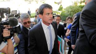 L'ancien Premier ministre Manuel Valls, le 19 juin, à son arrivée à l'Assemblée nationale lors de la journée d'accueil des nouveaux membres élus du Parlement français.