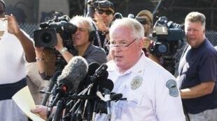 Thomas Jackson, chef de la police de Ferguson, au moment d'annoncer le nom du policier incriminé, le 15 août 2014.