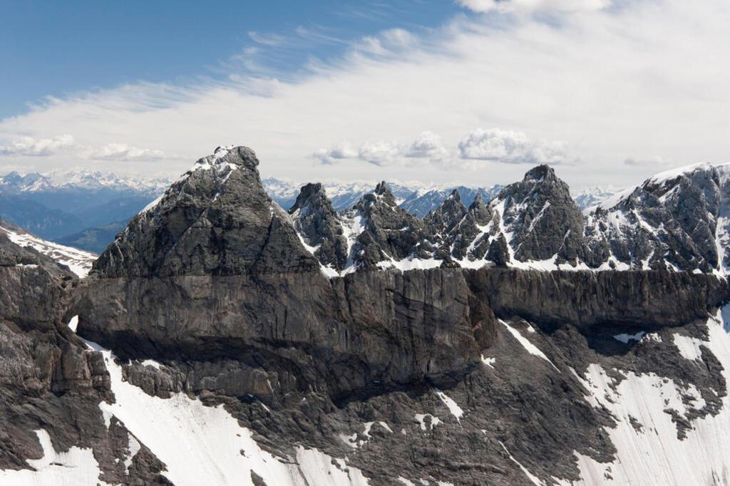 瑞士阿爾卑斯山薩多那環形地質結構區