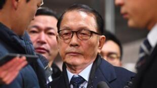 Kim Ki-choon, l'ex-secrétaire du cabinet de l'ex-présidente sud-coréenne, le 20 janvier 2017, lors de son arrivée au tribunal à Séoul.
