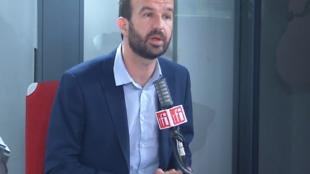 Manuel Bompard, chef de la délégation de La France insoumise au Parlement européen dans les studios de RFI, le 22 octobre 2020.