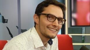 Alejandro Munévar en los estudios de RFI