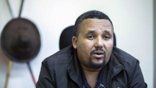 Jawar Mohammed (ici, en octobre 2019), un des leaders de l'OFC. Il a été incarcéré en juillet dernier avec une vingtaine d'autres prisonniers politiques suite aux violences survenues dans la région d'Oromia. Ils sont accusés de terrorisme et d'incitation à la haine.