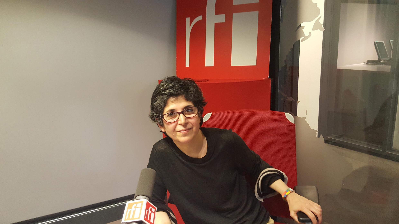Фариба Адельха в студии RFI