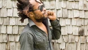 Le chanteur mahorais M'toro Chamou sort un nouvel album «Sika Mila».
