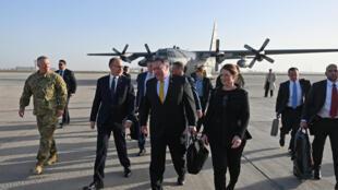 مایک پومپئو، وزیر امورخارجه آمریکا در ادامه سفر خود به خاورمیانه، روز چهارشنبه نهم ژانویه، به بغداد سفر کرد .