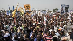 Des partisans de Moise Katumbi assistent à un rassemblement de tous les partis d'opposition de la coalition, le 9 juin 2018, à Kinshasa. (Photo d'illustration)