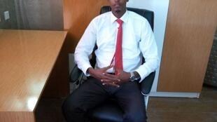 Abbas Abdullahi Sheikh Siraji à son bureau le 4 avril 2017 à Mogadiscio.