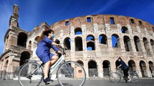 Turismo representa cerca de 13% do Produto Interno Bruto (PIB) da Itália.