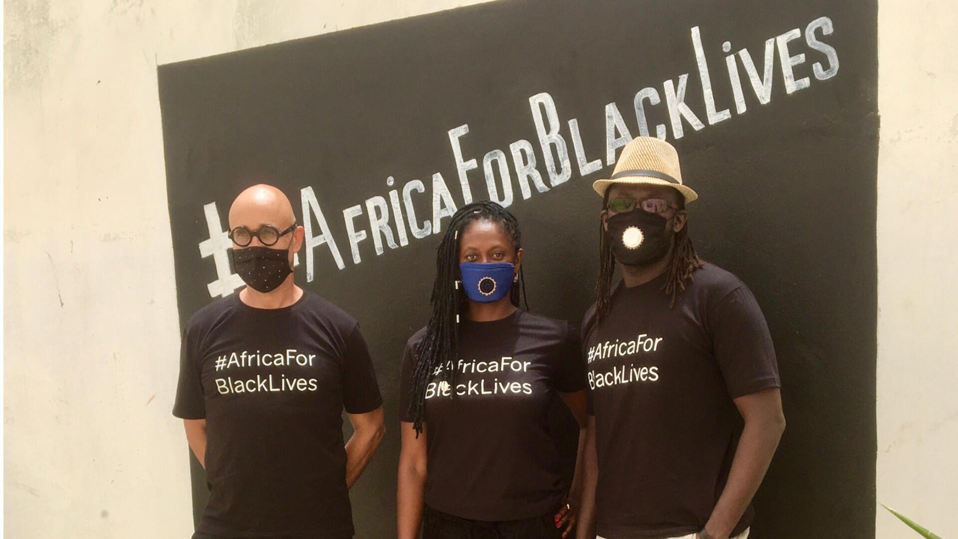 Nathalie Vairac (au centre), Antoine Tempé (gauche) et Bayano (droite), à l'initiative du collectif.