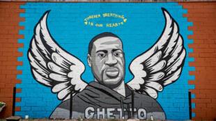 Un mural en memoria de George Floyd, el 2 de junio en Houston