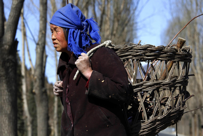中国贫困地区的农村妇女