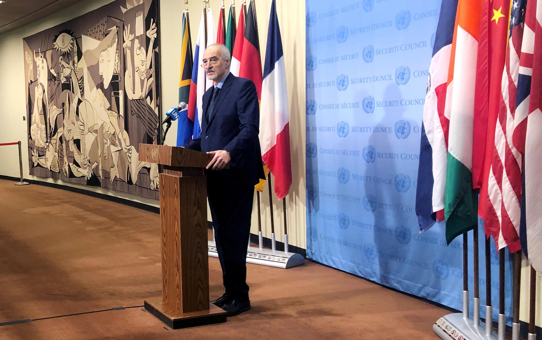L'ambassadeur syrien aux Nations unies, Bashar Jaafari, lors d'une conférence de presse le 22 mars.