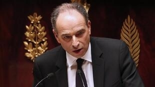 The government is heading for the abyss, right-winger Jean-François Copé told the French parliament Tuesday
