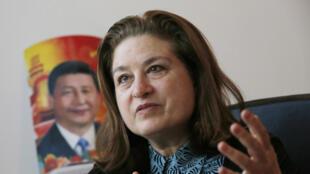 法國《新觀察家》周刊駐京記者高潔2015年12月29日在北京接受路透社採訪。