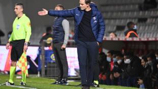 L'entraîneur allemand du Paris-SG, Thomas Tuchel, lors du match de Ligue 1 à Nîmes, le 16 octobre 2020