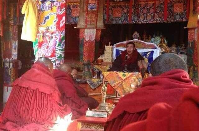 Ông Jamyang Geshe Ngawang là một giảng sư Phật học uyên thâm (www.freedom4tibet.org)
