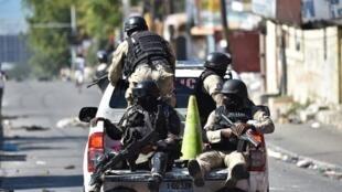 Patrouille de police dans les rues de Port-au-Prince (image illustration).