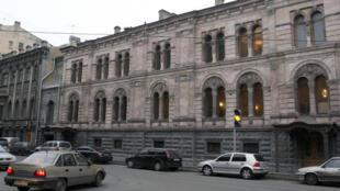 До сентября 2017 года Европейский университет располагался в особняке графа Кушелева-Безбородко