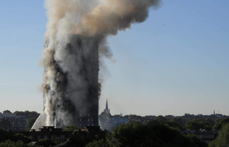 Incêndio num prédio de Londres