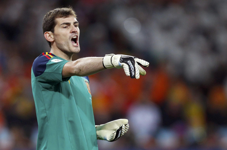 Iker Casillas, Mai tsaron gidan Real Madrid