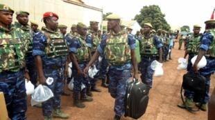 Dakarun ECOWAS daga Burkina Faso, tawagar farko da suka fara isa kasar Guinea Bissau