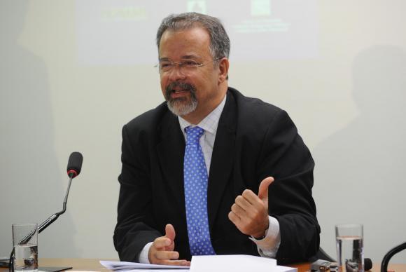 Raul Jungmman assume depois de Medida Provisória entrar em vigor