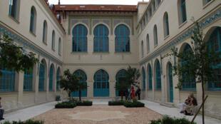 Vue du patio de l'École nationale d'administration (Antenne de Paris).