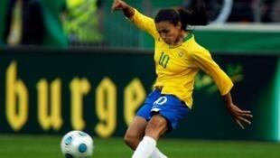 Marta, a atacante da seleção brasileira feminina de futebol.