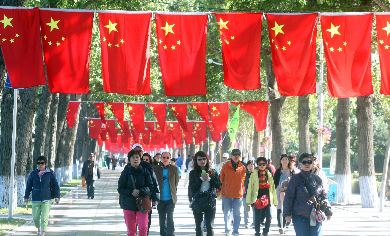 Préparatifs de la fête nationale sur la place Tienanmen, le 28 septembre 2013.