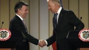Juan Manuel Santos y Joe Biden, el pasado 27 de mayo en Bogotá, Colombia.