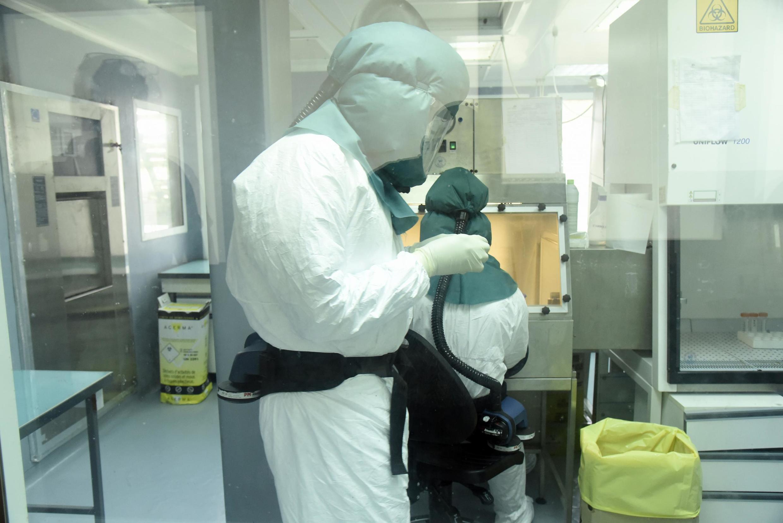 Manipulations de coronavirus dans un laboratoire (image d'illustration).