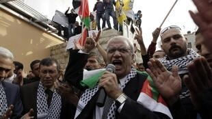 Le négociateur palestinien Saeb Erakat en position délicate après la publication des « Palestine Papers ».