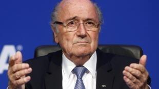 Shugaban hukumar kwallon kafa ta duniya, Sepp Blatter.