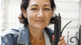 La romancière Alice Ferney présente son roman «Les Bourgeois».
