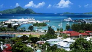 Les Seychelles font partie des Iles Vanille.