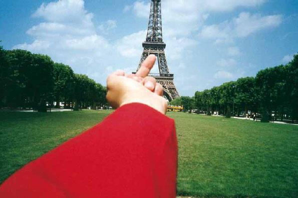 O artista chinês Ai Weiwei ganha sua primeira grande exposição em Paris.