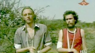 Martin Schibbye e Johan Persson, filmedos pelo exército a 1 de Julho de 2011.