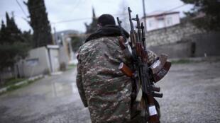 Un soldat des forces arménienne du Nagorno-Karabagh, le 4 avril 2016.