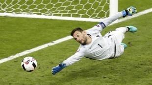 گل سرنوشت سازی که در دقیقۀ ١١٠ شکست فرانسه و پیروزی پرتغال را به دنبال داشت