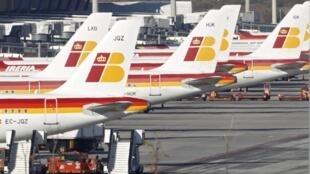 Aviões da Iberia estacionados em dia de greve.