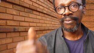 Le réalisateur nigérian Aduaka Newton Ifeanyi après la première de son film «One Man's Show» pour lequel il a obtenu le Prix de la critique au 23e Fespaco.
