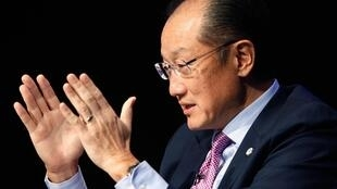Jim Kim, président de la Banque mondiale, le 8 septembre 2014 à Washington. Ebola pourrait gravement endommager l'économie africaine, alerte la Banque mondiale