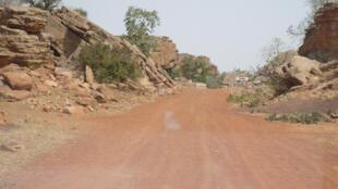 La route de Kendié au Mali