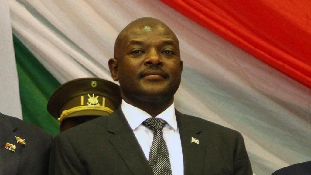 En cas de validation de la réforme constitutionnelle, le président burundais Pierre Nkurunziza, ici le 20 août 2015, pourrait potentiellement se maintenir au pouvoir jusqu'en 2034.