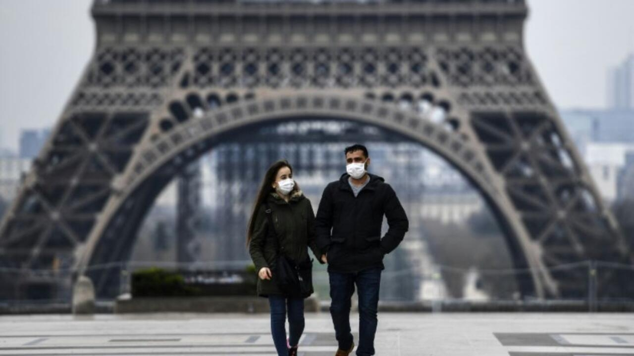 France to tackle public 'preference' for disposable face masks
