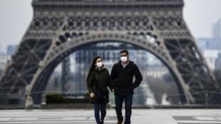 2020-05-13 france health coronavirus face mask paris eiffel tower